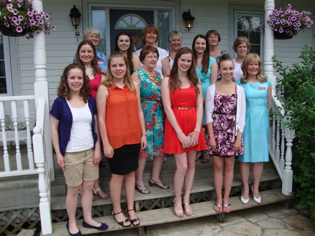 photo of scholarship recipients